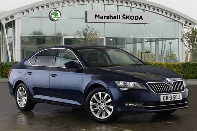 SKODA Superb 1.5 TSI (150ps) SE Technology ACT Hatchback